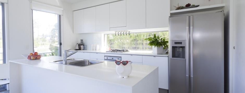 pour tout savoir sur la cuisine sur mesure auberge. Black Bedroom Furniture Sets. Home Design Ideas
